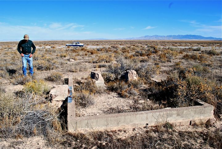 Remains of beacon near Delta, UT
