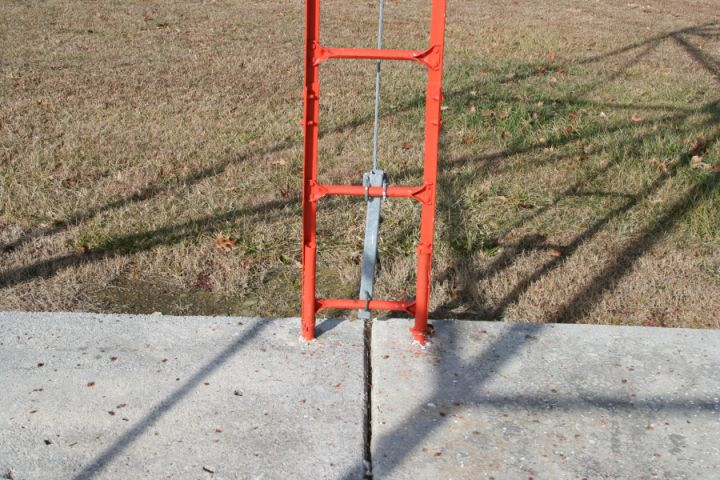 Another detail view of the Crossville, TN airport beacon tower showing the tubular base for the ladder attachment.